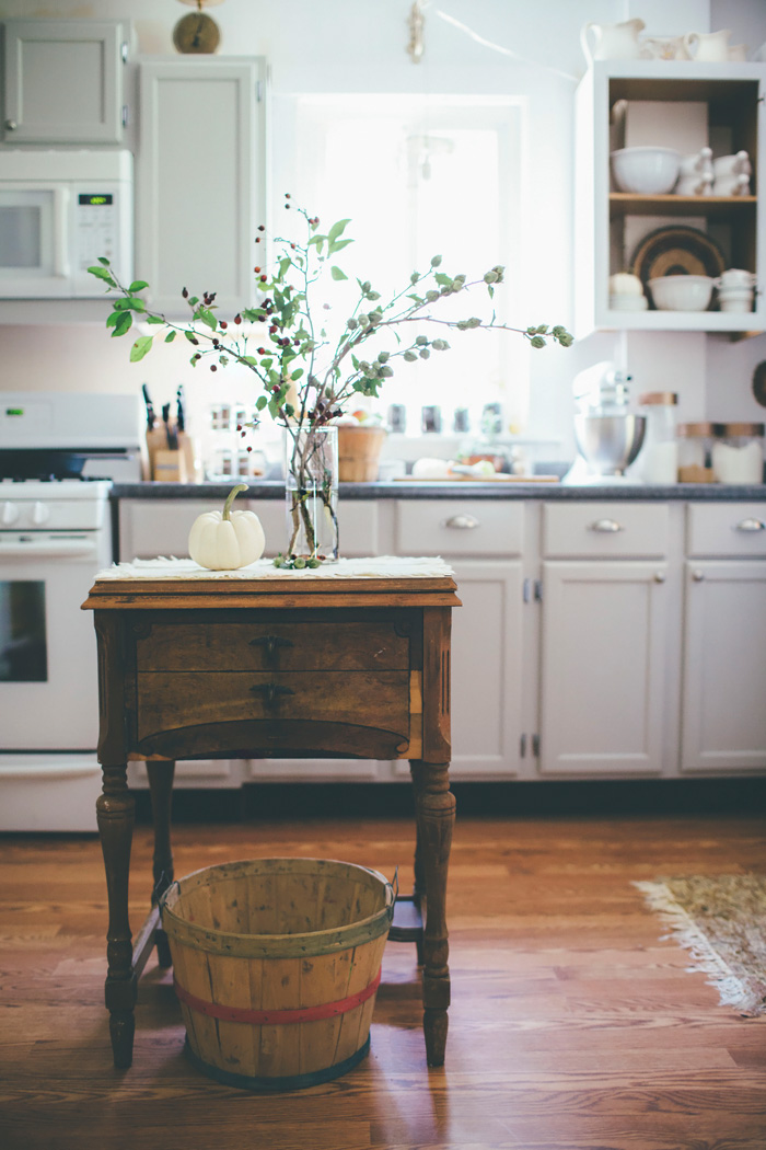 Adventures In Decorating Our 2015 Fall Kitchen: Farmhouse Fall Decorating