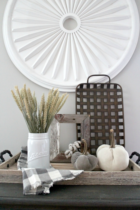 How To Style A Farmhouse Fall Display Christinas Adventures