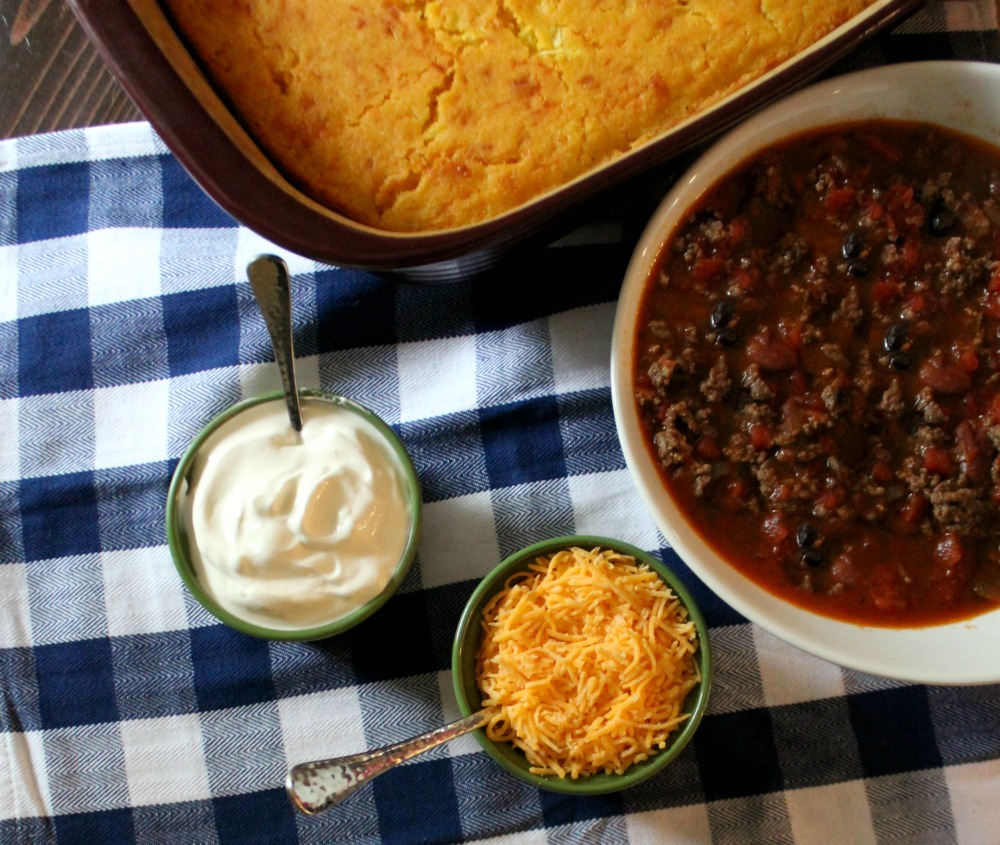 best-chili-and-cornbread-recipe-youll-ever-eat