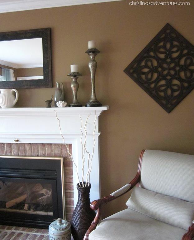 living room make over tan white blue christinas. Black Bedroom Furniture Sets. Home Design Ideas