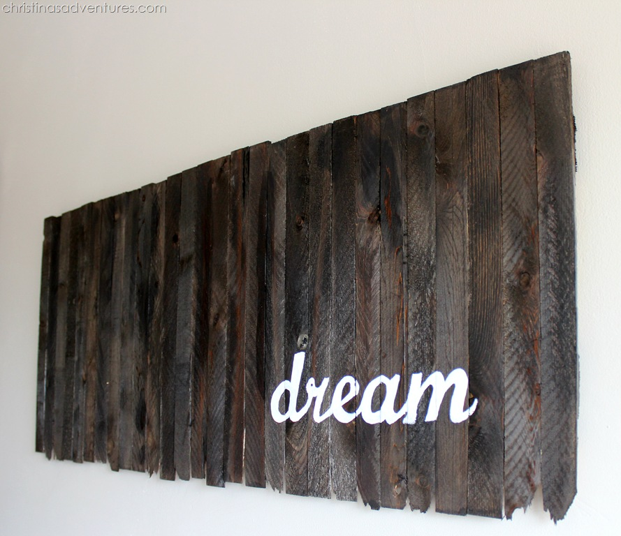 Wooden Shim Wall Art { how to paint a wood sign }