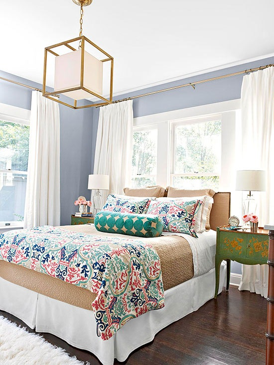 21 ideas for decorating over your bed christinas adventures - Over the bed decor ...
