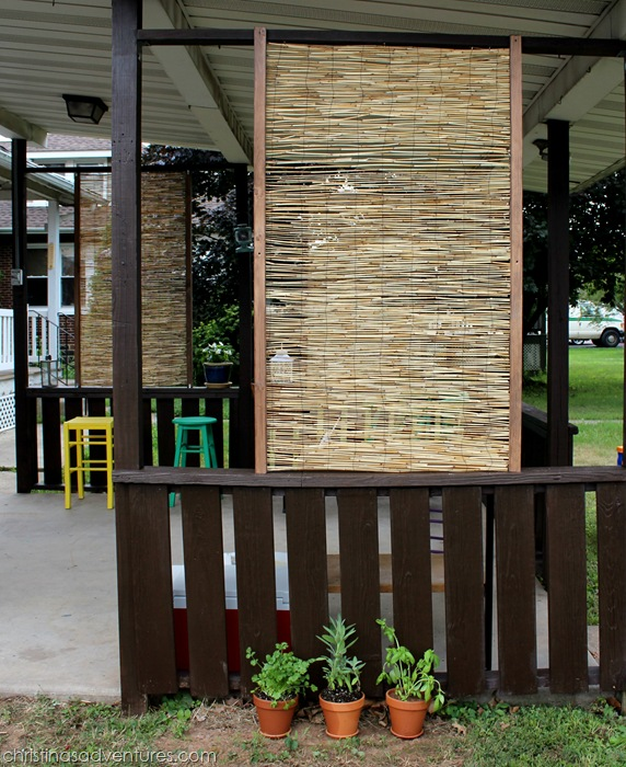 Diy bamboo privacy screen christinas adventures for Building a privacy screen for your deck