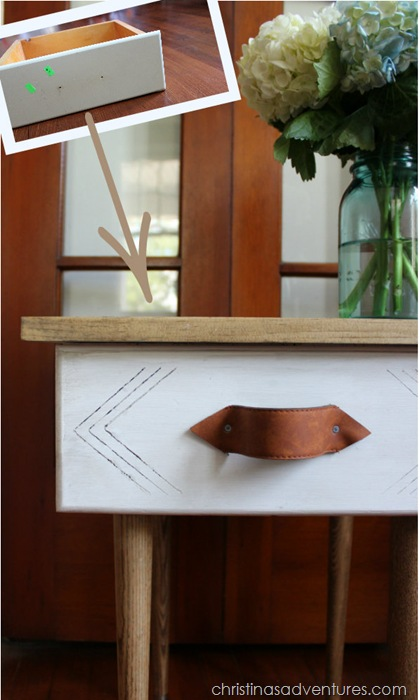 Turn an old drawer into an end table