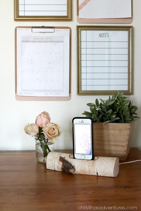 Desk with birch iPhone holder