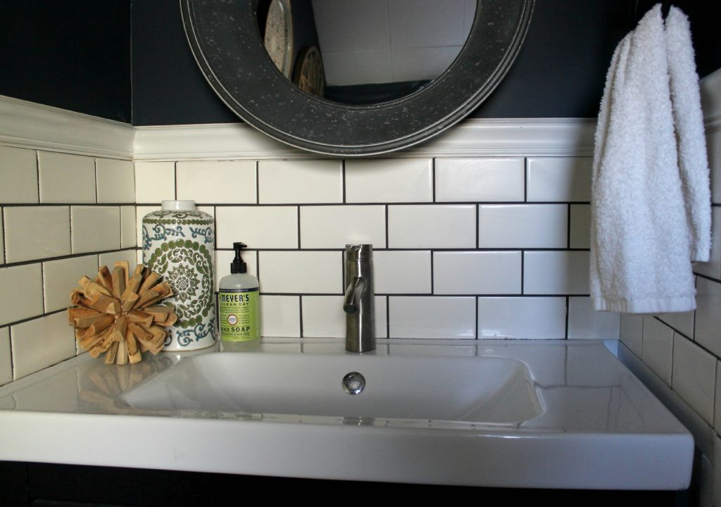 Navy-paint-and-subway-tile-bathroom 6