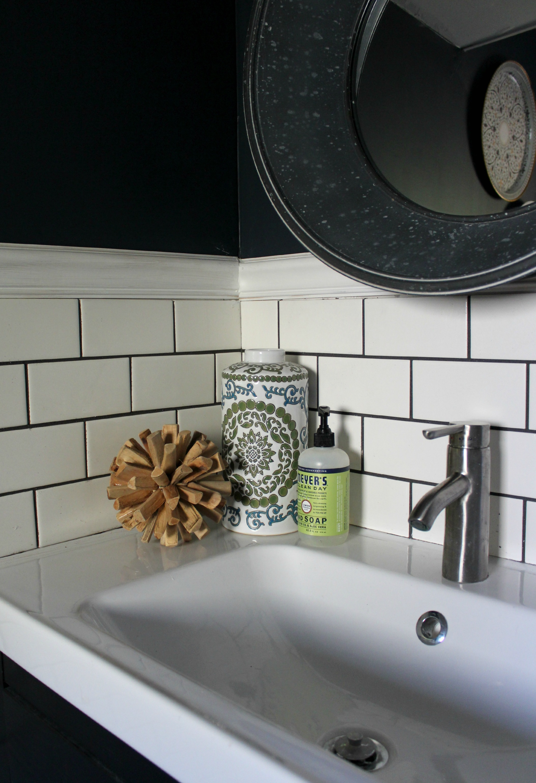 Small bathroom makeover christinas adventures for Three quarter bathroom ideas