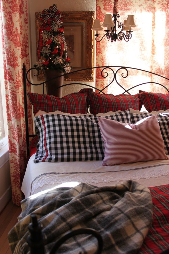 2015 Holiday Bedroom Decorating Tips From Beddingstyle Com