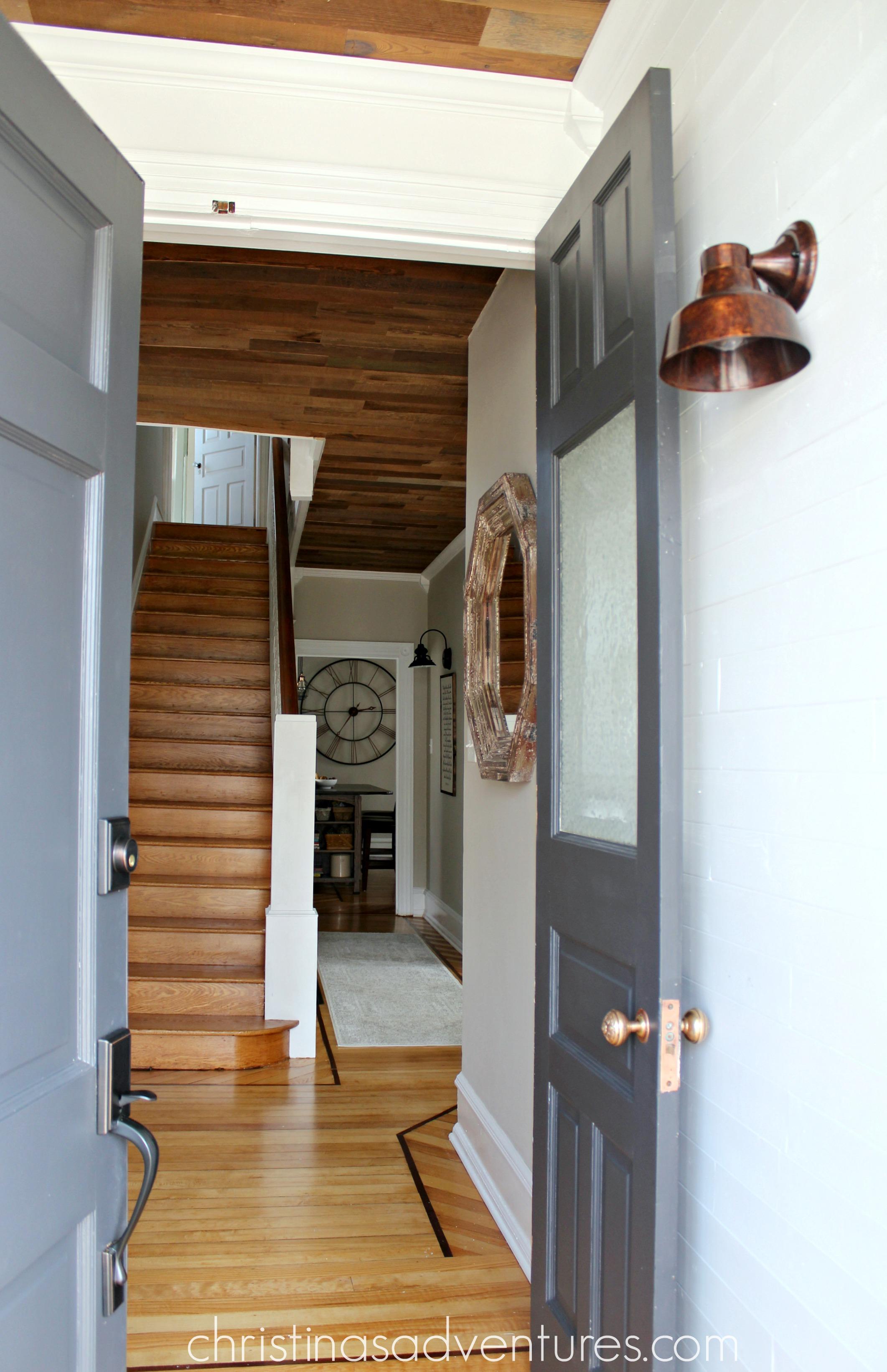 Farmhouse Foyer Hall : Victorian farmhouse entryway and hallway christinas