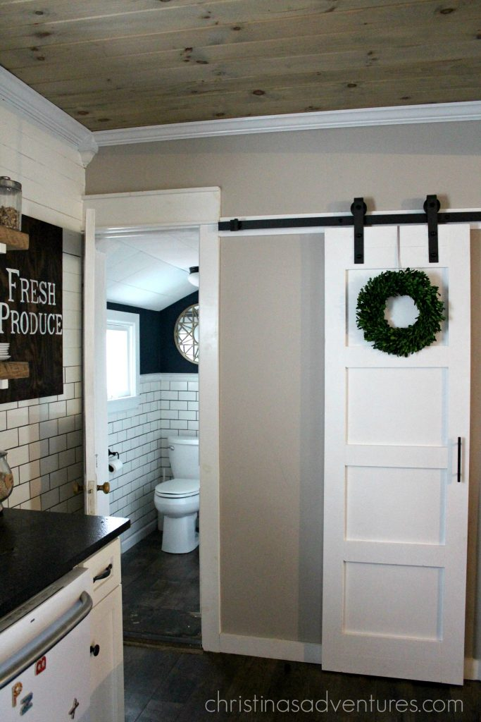 Diy Sliding Door : Diy sliding barn door christinas adventures