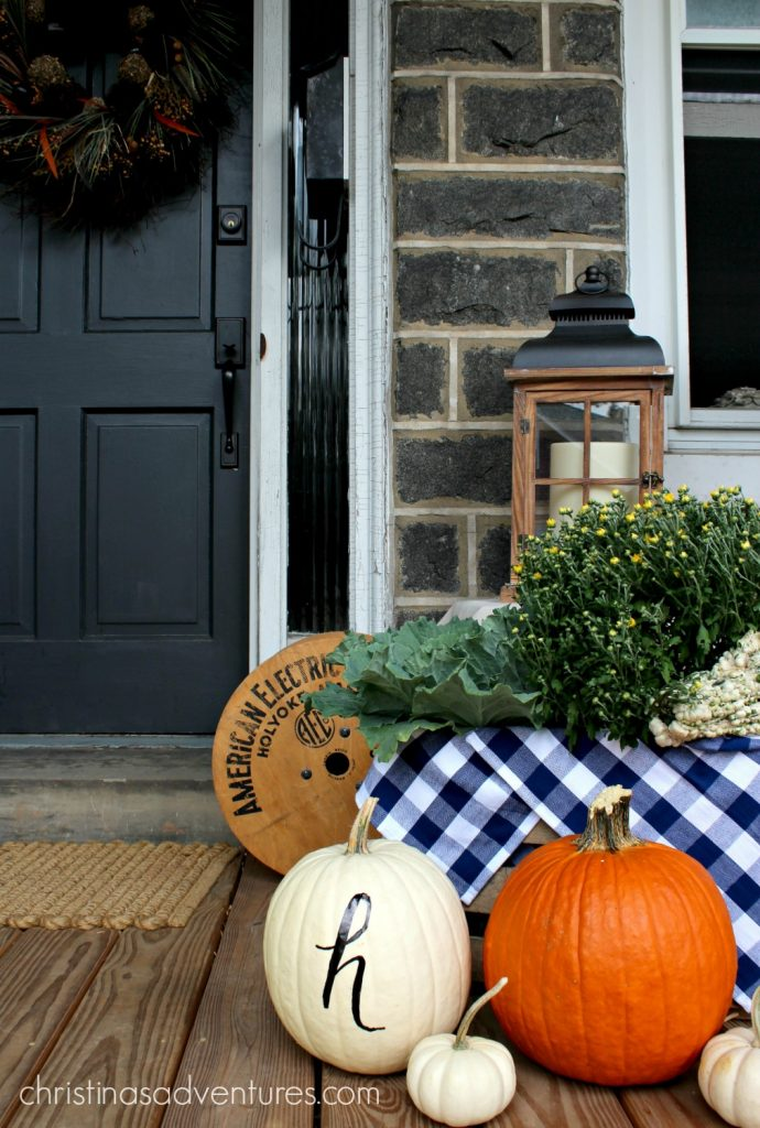 fall-front-porch-decorations