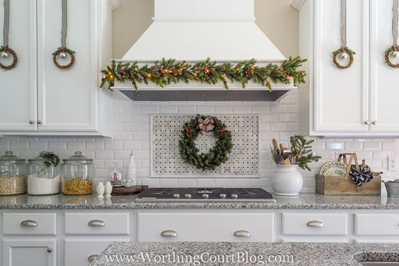 find my best sources for christmas farmhouse home decor by clicking here