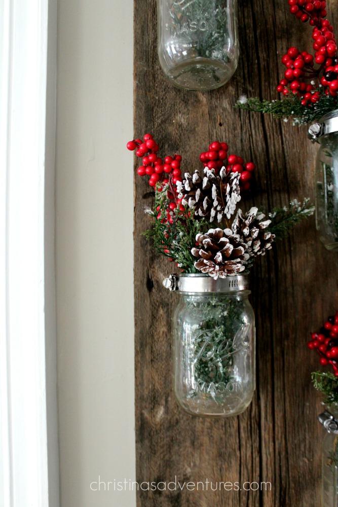 christmas-mason-jar-decoration-reclaimed-wood