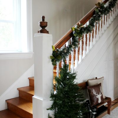 How to hang garland in 4 easy steps