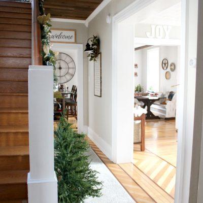 Farmhouse Christmas Hallway Decorating
