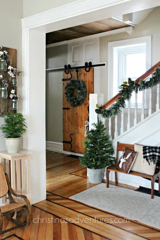transition from Christmas to winter decor