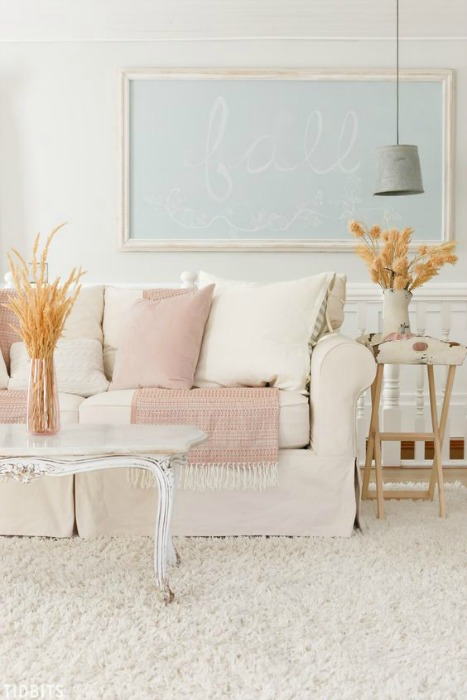 Fall family room decorating ideas - I never would have thought that pale pink would look so good in a fall family room, but Tidbits proved me wrong! What a beautiful color palette - adding those natural touches really makes all the difference