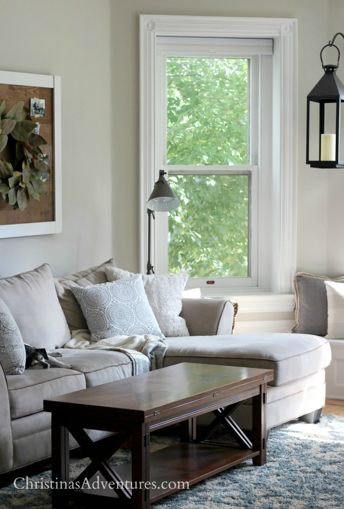 Cozy fall family room with touches of blue