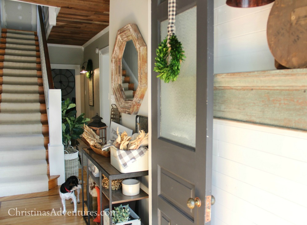 farmhouse entryway layers