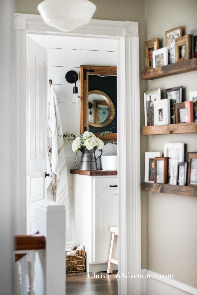 picture frame ledges in the hallway