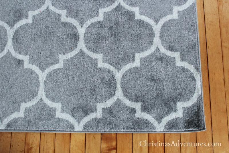 gray geometric trellis print rug