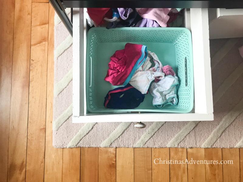 bins in under bed storage drawers