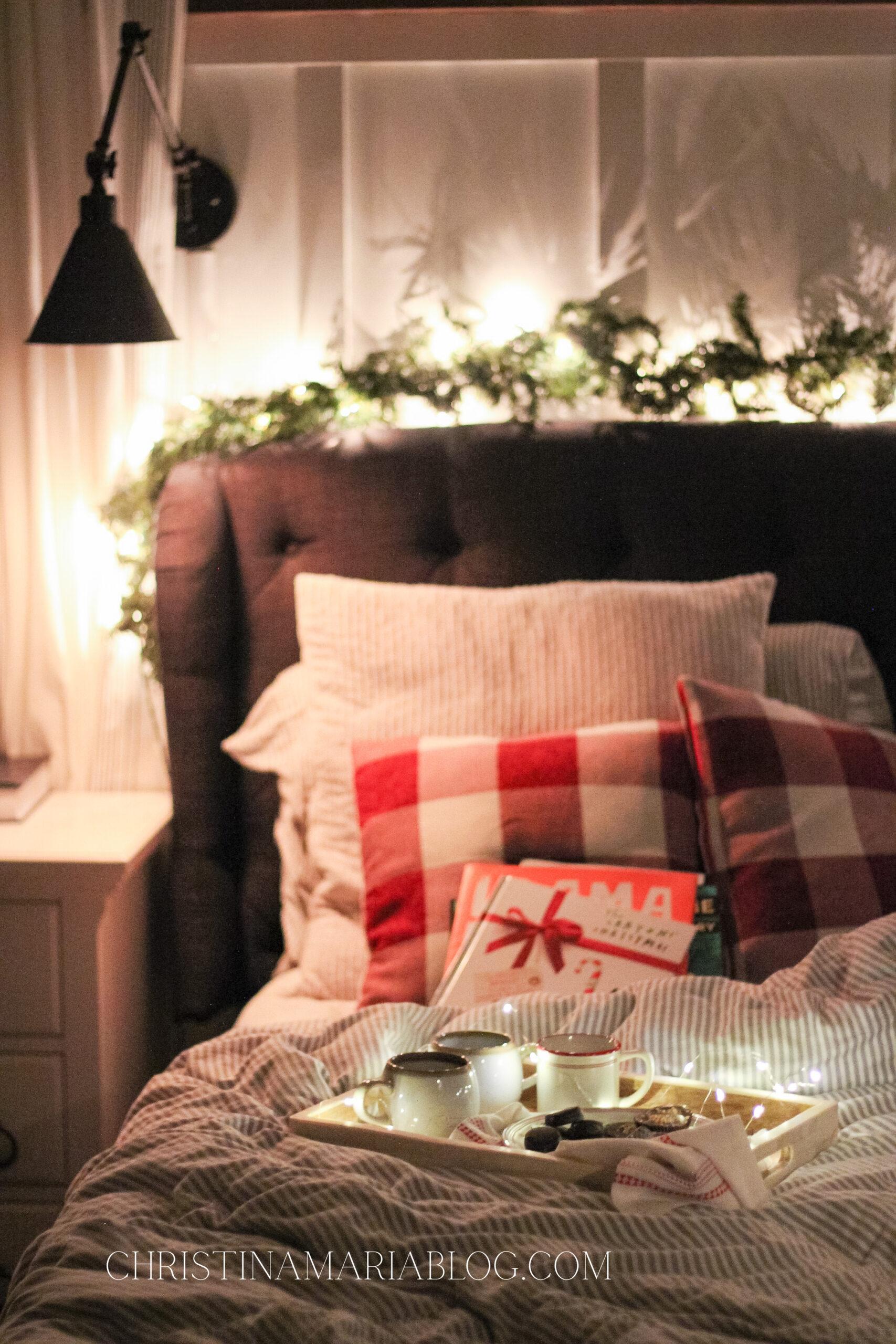 Best Christmas Eve Tradition: Jolabokaflod