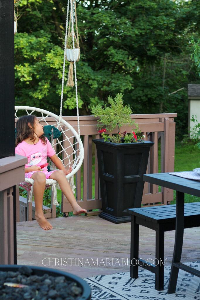 swing back porch
